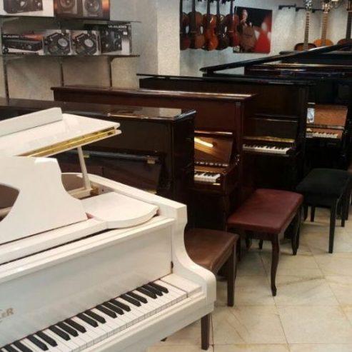 پیانو آکوستیک یا پیانو دیجیتال