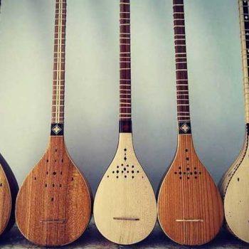 خرید سه تار ٬ کلاس موسیقی ٬ آموزشگاه موسیقی تهران ٬ کلاس آموزش سه تار